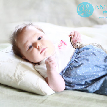 Northern MN Baby Photographer   Swaddle Me Softly